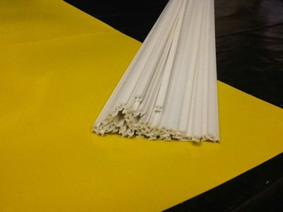 Produtos em Destaque: VARETA PVC FORMATO H P/ ENCAIXAR 2mm X 1000mm PCT C/ 10