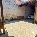 quintal e garagem